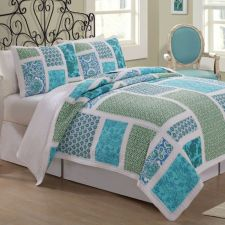 king-quilt-with-2-shams